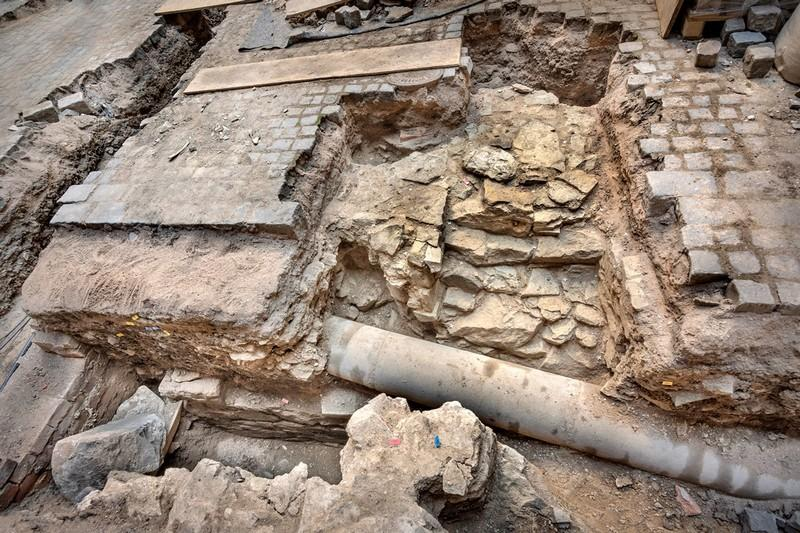 Opuková zeď původního hradu