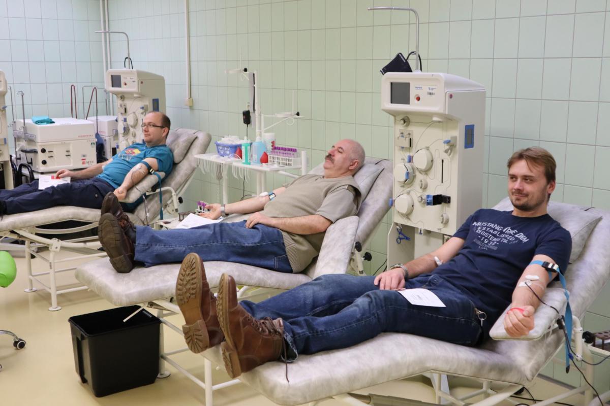 Valentýnské odběry krve objevily téměř tři desítky nových dárců