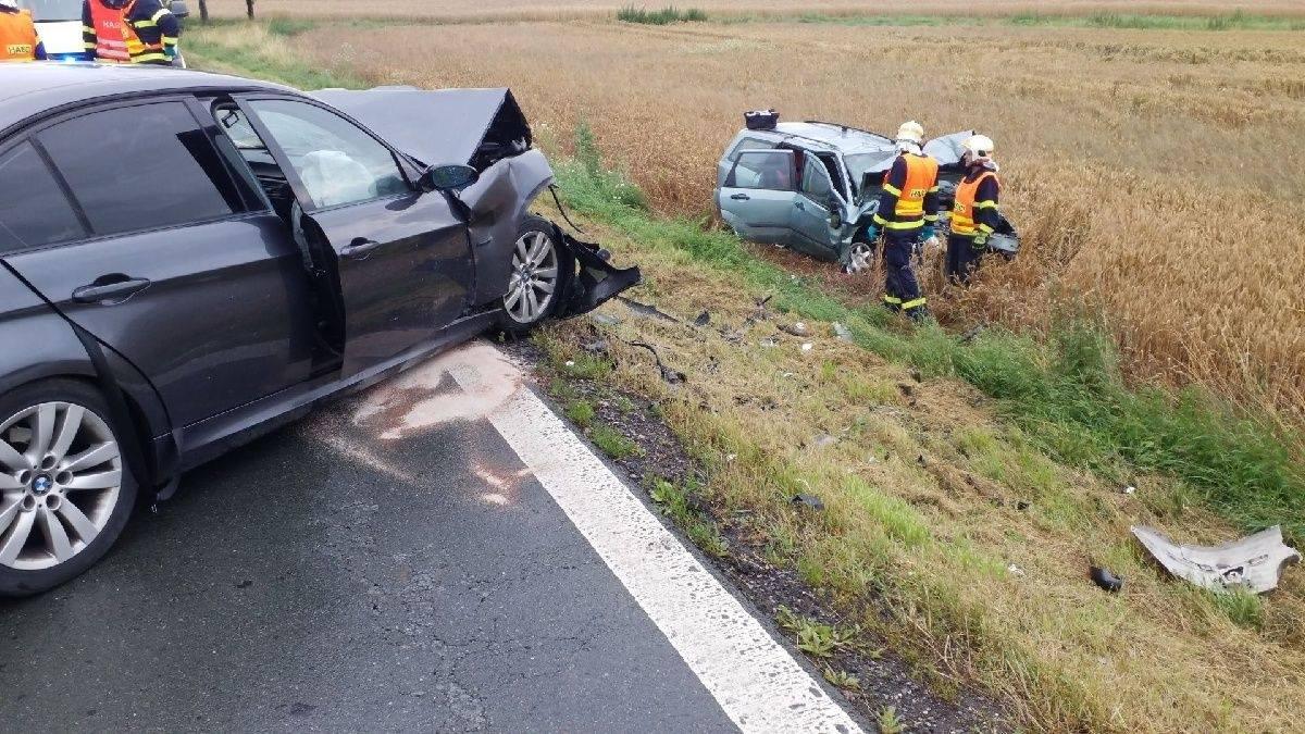 Dopravní nehoda si vyžádala šest zraněných osob