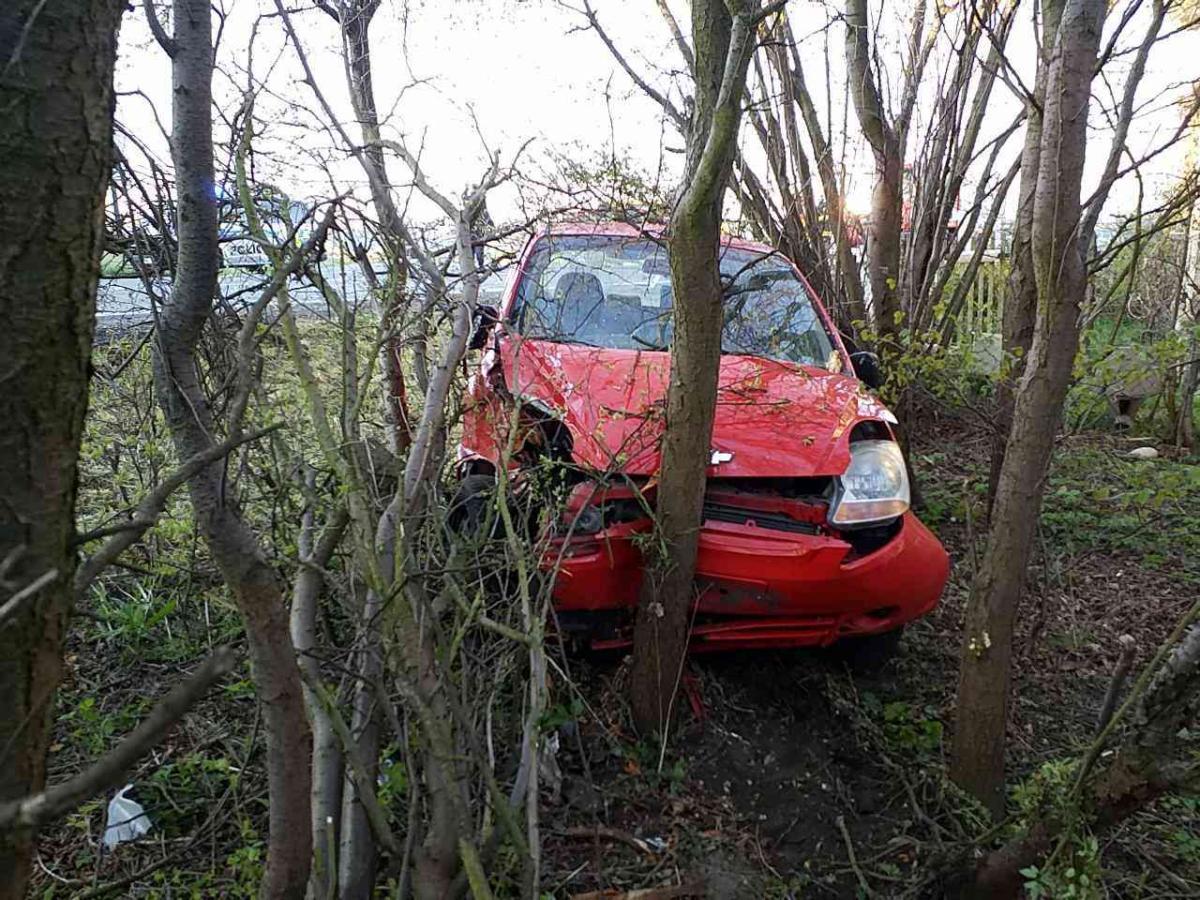 Ranní dopravní nehoda v Sezemicích
