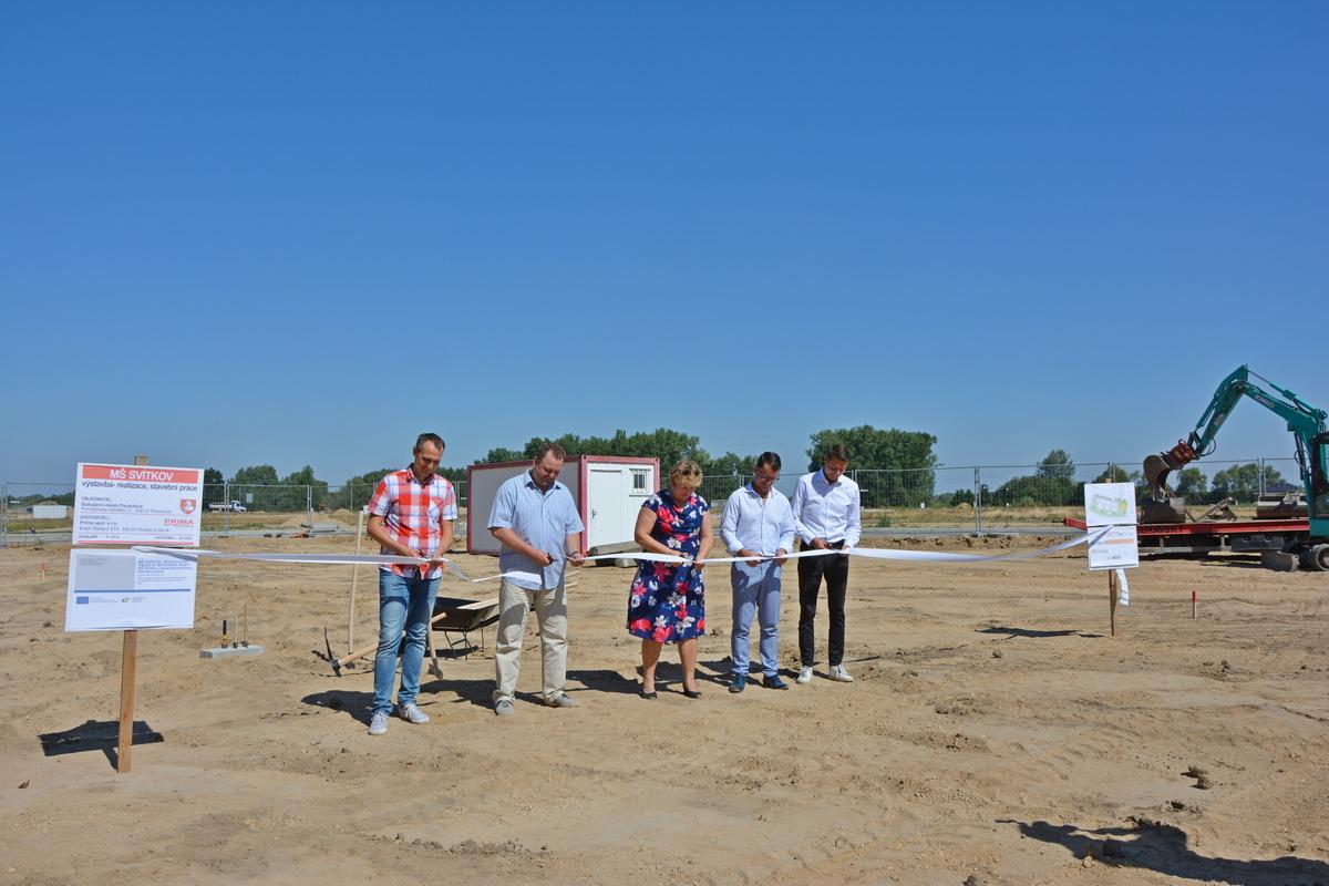 Svítkovští předškoláci brzy zamíří do nového, stavba školky začala