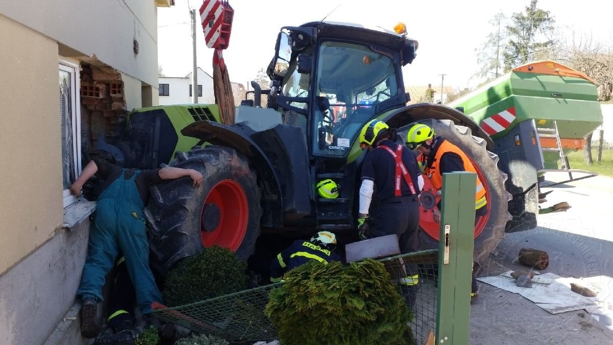 HZS DN Traktor Horni Roven 2704202101