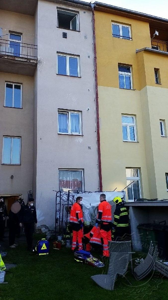 HZS Pad z okna Pardubice 2005202103