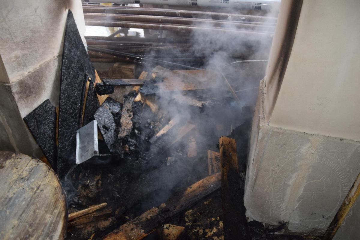 Včasným zásahem se podařilo uchránit historický dům před požárem