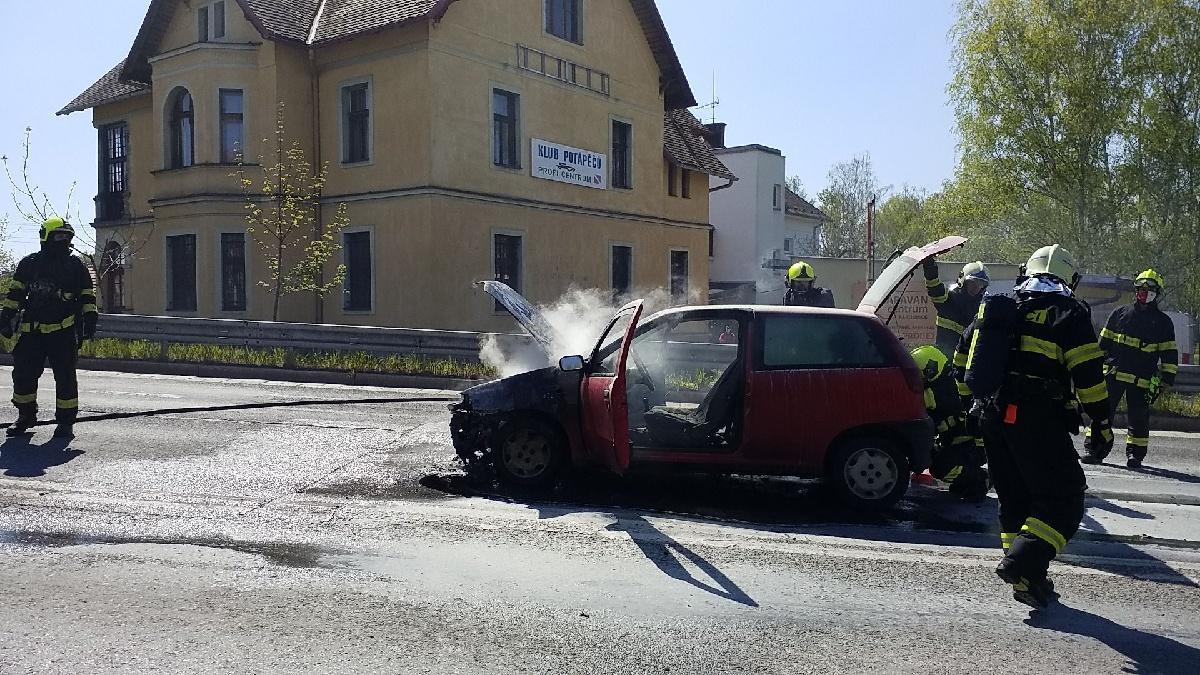 HZS Pozar auto Anensky 2104202004