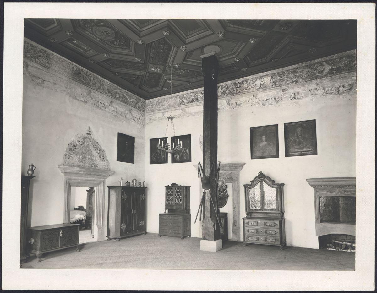 Sloupový sál (obd. 1. republiky)