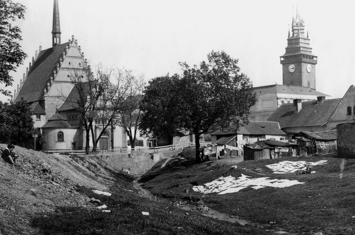 VCM Kostel sv Bartoloměje kolem roku 1925