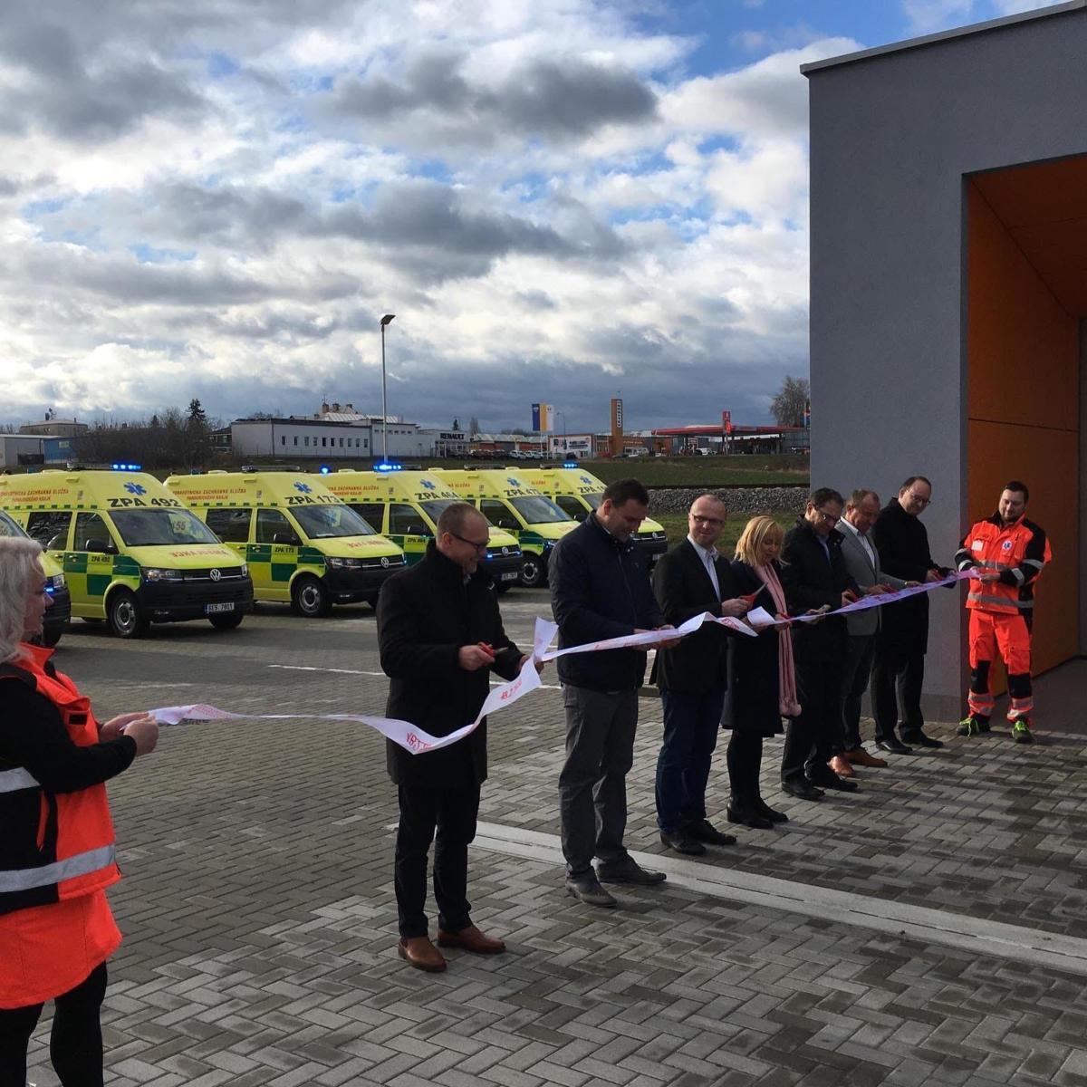 Zdravotnická záchranná služba Pardubického kraje otevírá další zcela novou základnu v Chrudimi...