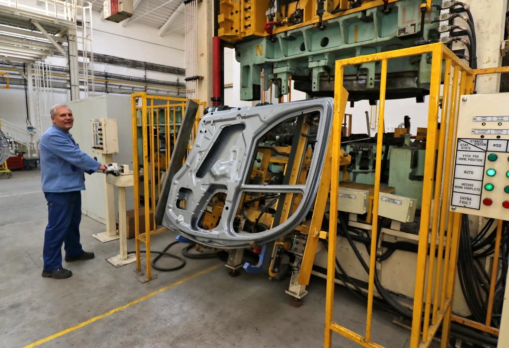 Přeloučská AVIA Motors slaví 100 let a chystá novinky