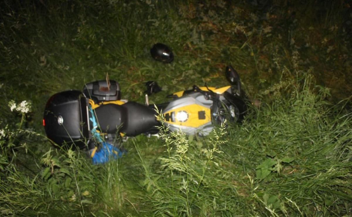 Od jedné dopravní kolize ujel, od té druhé, mu to zranění nedovolilo.