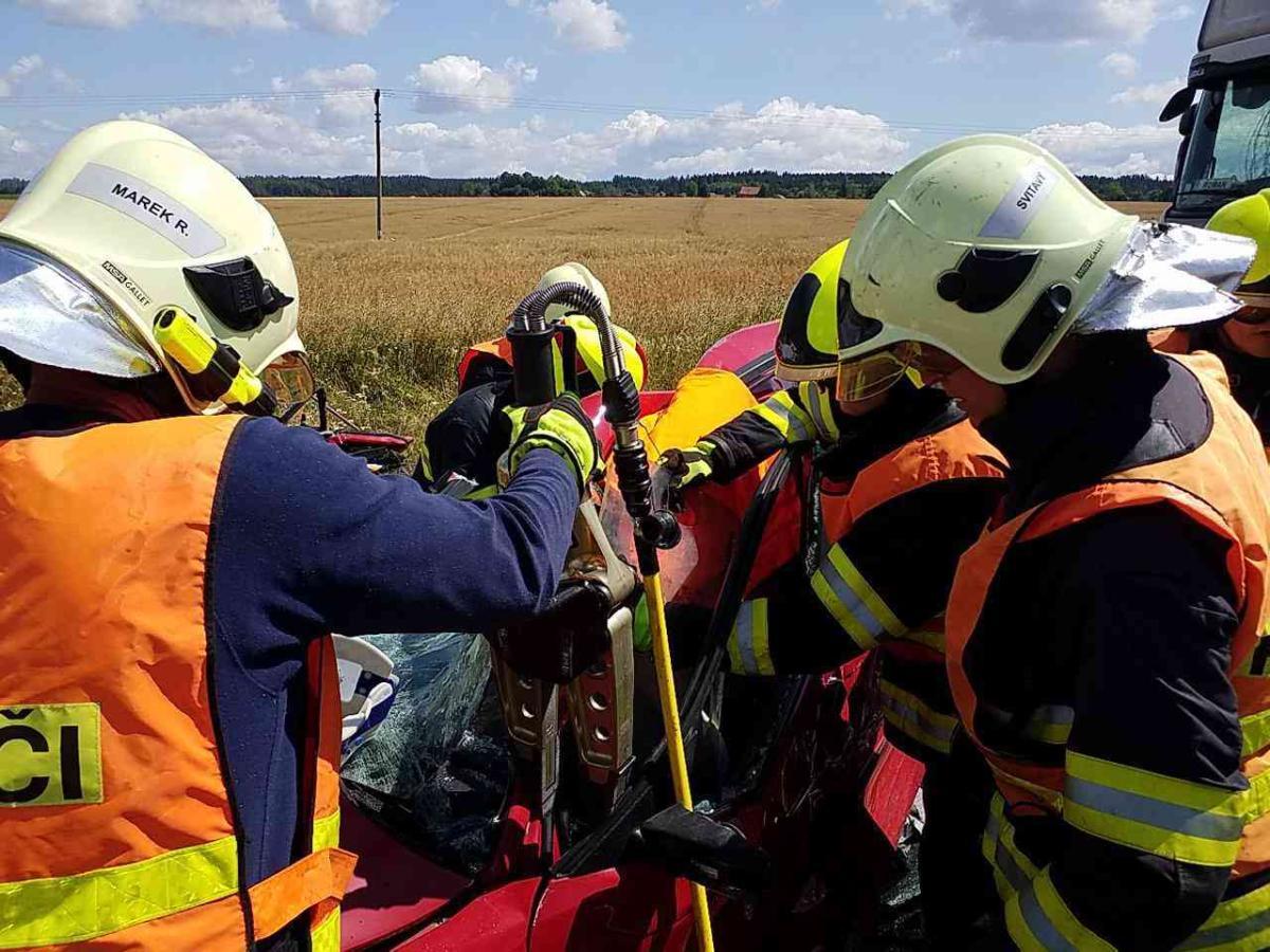 Vážná dopravní nehoda u obce Janov