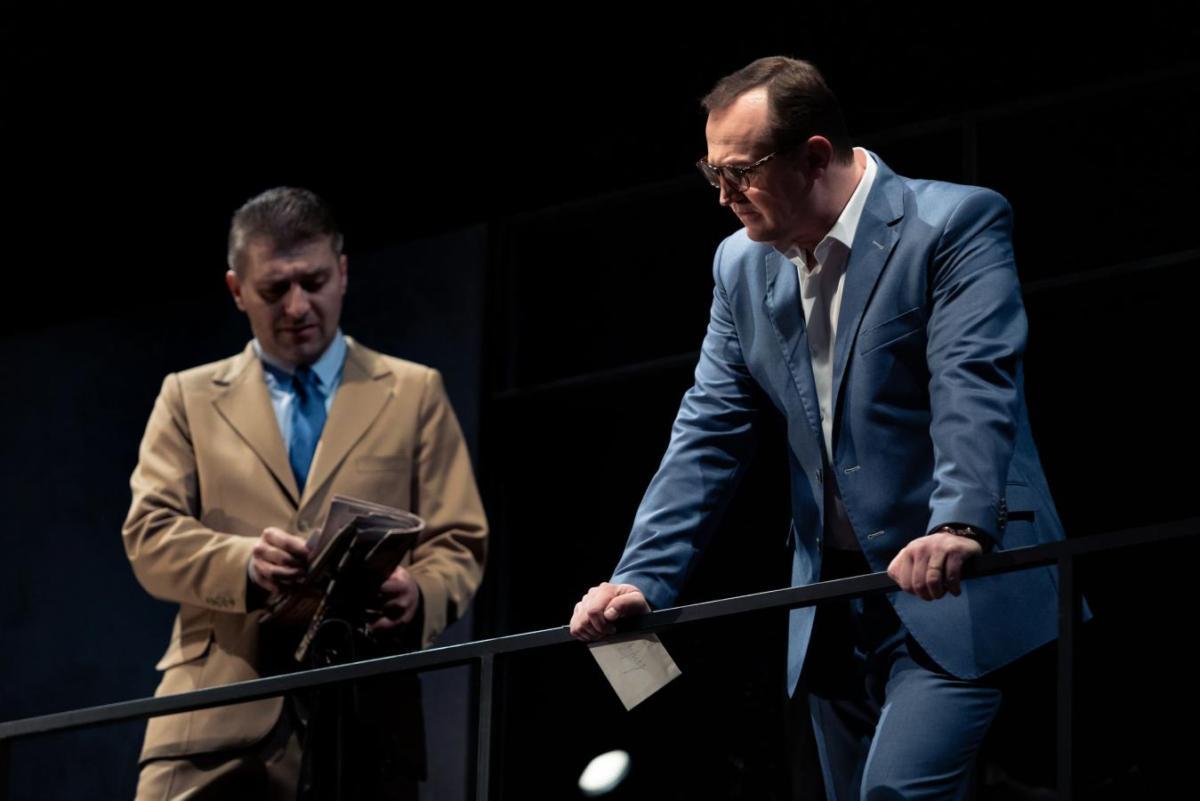 Východočeské divadlo uvede premiéru Ibsenových Opor společnosti