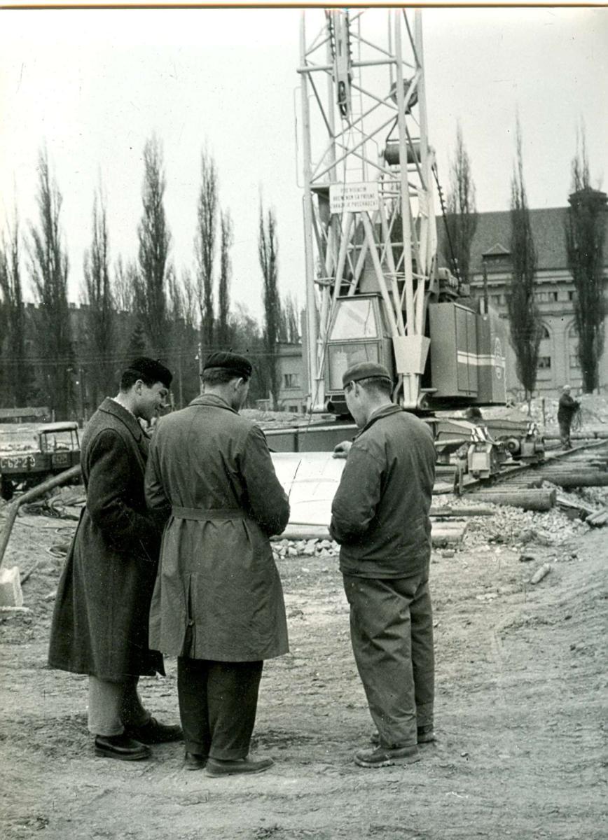Stavba lázní (dnešní IDEON), 1984