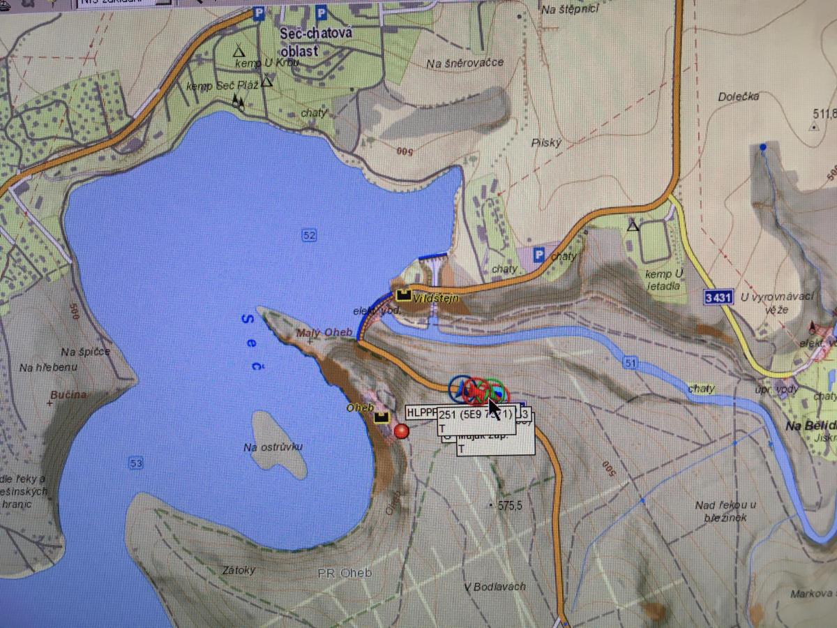 Zásah na zřícenině hradu Oheb na skalním ostrohu nad přehradní nádrží Seč