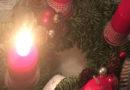 Manipulace s hořlavou kapalinou poblíž zapálených svíček na adventním věnci skončila popáleninami a požárem…