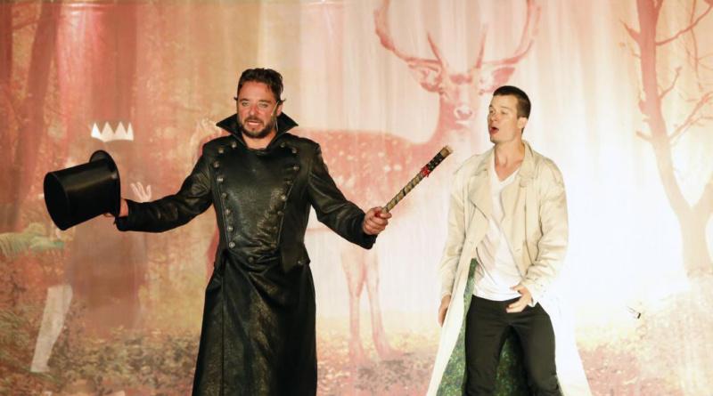 Východočeské divadlo se rozloučí s komedií Král jelenem…
