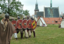Pravěké pivo i módní přehlídka – sobota na Zámku a Příhrádku bude patřit archeologům…