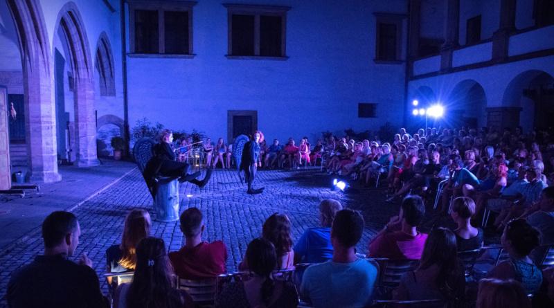 09a72776f Navzdory omezení provozu navštívilo Východočeské muzeum a Zámek Pardubice  přes sto tisíc lidí... - Pardubice ŽIVĚ