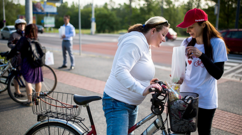 Sladké překvapení pro cyklisty…