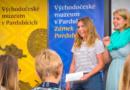 """Video, esej i ručně malovaná kniha bodovaly v soutěži """"30 let od sametu""""…"""
