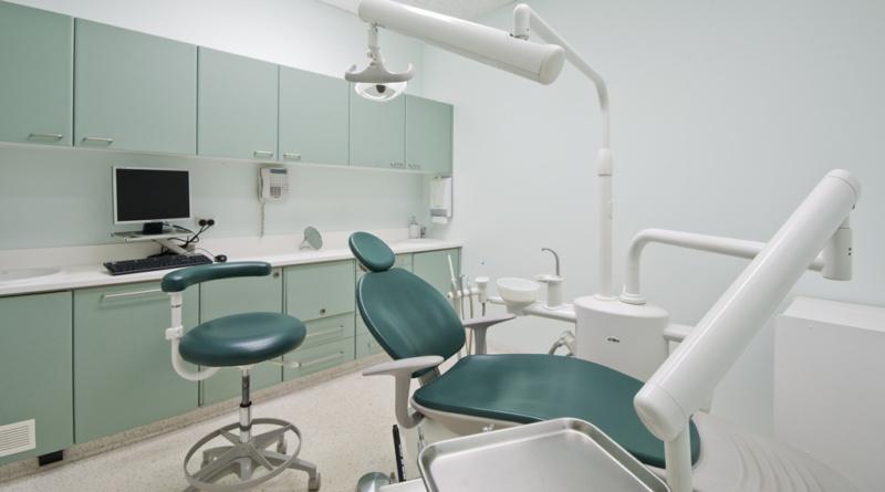 Kraj spouští objednávkový systém pro praktické lékaře. Lékárníci a zubaři budou zásobeni svými komorami…
