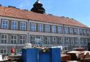 Gymnázium Aloise Jiráska se dočká nových oken i fasády…