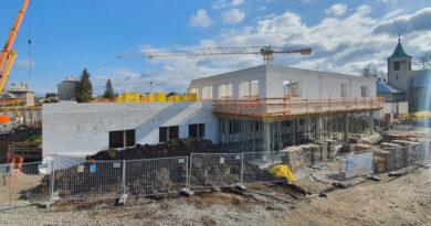 Stavba moderní nemocnice v Moravské Třebové úspěšně pokračuje…